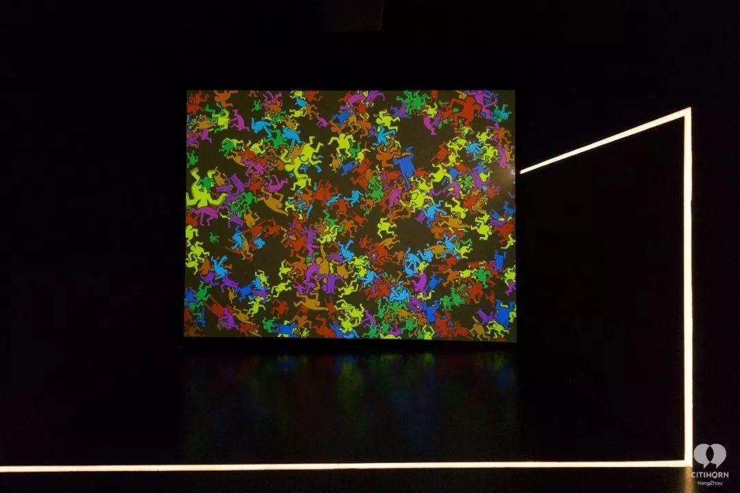 """大陆首展!涂鸦了全纽约墙的凯斯·哈林,终于""""涂""""到杭州了!(图39)"""