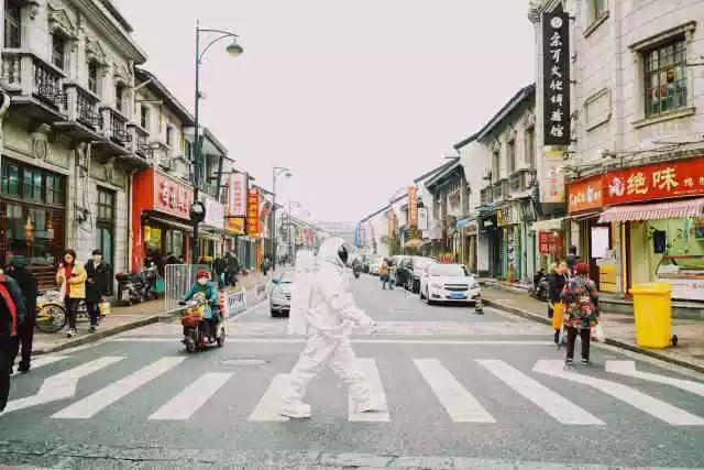 杭州街头惊现宇航员,NASA航天器穿越美帝来到杭州,整个太阳系都在你眼前!(图6)