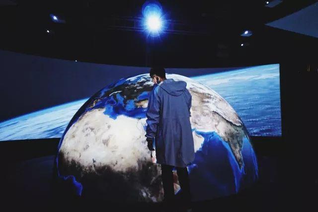 杭州街头惊现宇航员,NASA航天器穿越美帝来到杭州,整个太阳系都在你眼前!(图17)
